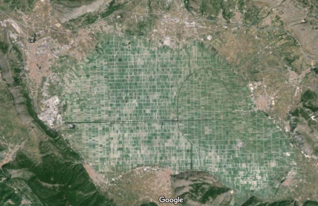 Questa immagine ha l'attributo alt vuoto; il nome del file è 3-il-fucino-oggi-google-maps.jpg